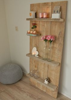 Wandplank van steigerhout , made by myself Contact us on how to add your listing to our dayboro business and events page. Wood Pallet Furniture, Upcycled Furniture, Wood Pallets, Furniture Making, Diy Furniture, Scaffolding Wood, Pallet Shelves, Pallet Crafts, Diy Décoration