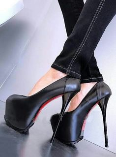 Celebrity shoes, celebrity inspired shoes, celebrity look alike heels, celebrity shoes for less Sexy High Heels, Extreme High Heels, Beautiful High Heels, Hot Heels, Platform High Heels, High Heel Boots, High Heel Pumps, Heeled Boots, Stiletto Heels