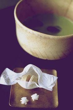 DSCF2494   冷抹茶にすだち和三盆にスウィーティ金平糖。   lotus-aki   Flickr