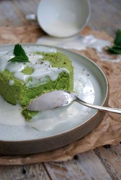 Flan of peas, fresh goat cheese and mint , Veggie Recipes, Baby Food Recipes, Wine Recipes, Vegetarian Recipes, Cooking Recipes, Healthy Recipes, Tapas, Greens Recipe, Healthy Cooking