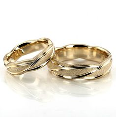 A sleek contemporary design, this wide Fancy Designer wedding ring set has curved uneven cuts, creating a beautiful style. This band is also available in The band is stone finished, with bright cuts. Wedding Rings Simple, Gold Wedding Rings, Wedding Rings For Women, Wedding Men, Rings For Men, Wedding Jewelry, Gold Jewelry, Gold Rings, Wedding Shoes