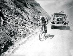 1930 - Creation of the Publicity Caravan - André Leducq wins the Tour. #TDF