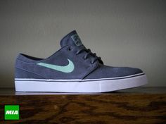 7a7e9ebd3c08 Nike SB Stefan Janoski Low - Dark Grey   Medium Mint