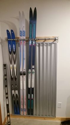 Cross country ski rack