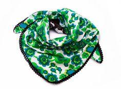 Johanna Ahlard - Illustration och design  Make your own scarf. Retro blommor fabric design for www.liandlo.com