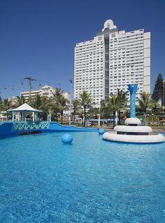 Pool at the Garden Court Marine Parade Durban South Africa, South Afrika, Amazing Hotels, Best Hotels, Adventure Style, Adventure Travel, Africa Rocks, Kwazulu Natal, Africa Travel