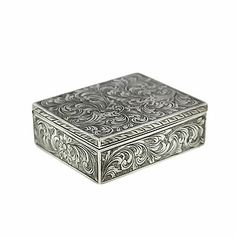 Engraved Silver Compact - Antique Jewelry University