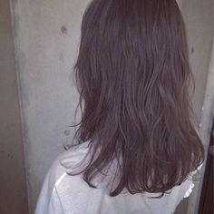 タカハシ アヤミさんのスナップ #フェミニン #ミディアム #外国人風 #ゆるふわパーマ #ラベンダーカラー #透明感カラー #ラベンダーグレージュ Hair Color Purple, Lavender Color, About Hair, My Hair, Hair Beauty, Long Hair Styles, Pink, Hare, Haircolor