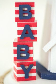 We can't get enough of this Nautical-themed baby shower centerpiece!