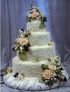 Lace 10 cake