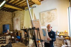 Behind the scenes with Italian Artist Elvio Marchionni. See this passionate artist at work who has been commissioned by the pope to paint his portrait.