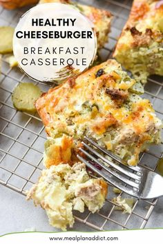 Healthy cheeseburger breakfast casserole is all the key flavors of a cheeseburger, but lightened up a bit and loaded with pickles! Pickle lovers unite as now we can enjoy pickles for breakfast now too! Make Ahead Casseroles, Cheeseburger Meatloaf, Healthy Breakfast Casserole, Easy Casserole Recipes, Meal Prep For The Week, Pickles, Meal Planning, Dinner Recipes, Lovers