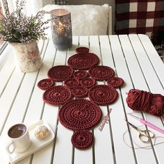 Study in circles crochet motif table runner pattern – Artofit Crochet Motif, Crochet Doilies, Crochet Patterns, Crochet Table Runner, Crochet Tablecloth, Crochet Dinosaur, Crochet Decoration, Crochet Shoes, Table Runners