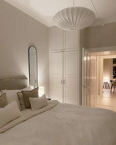 Room Ideas Bedroom, Bedroom Inspo, Bedroom Decor, Room Interior, Home Interior Design, Dream Home Design, House Design, House Rooms, Room Inspiration