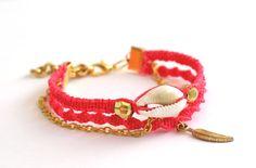 Sea Shell Friendship Bracelet in Hot Rose by makunaima on Etsy, $17.90