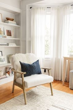 Chrissy McDonald's 550 Sq. Ft. Apartment Is a Total Dream | The Everygirl