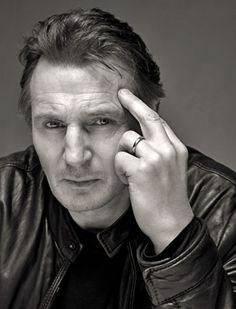Liam Neeson  kinda looks like he's flippin somebody off....