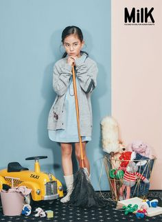 Young Fashion, Girl Fashion, Asian Kids, Foto Baby, Kid Poses, Magazines For Kids, Kid Styles, Facon, Child Models