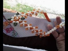 Sandalia Customizada em florzinhas de Perolas, Muita fácil de fazer! Por Maguida Silva - YouTube