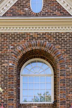A beautiful window detail using Glen-Gery Atlanta Brick. #glengery #brickhome #handmadebrick #brick #architecture