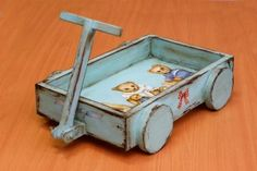 Vintage toy car with decoupage tecnique. Decoupage Glue, Decoupage Tutorial, Dollhouse Toys, Dollhouse Miniatures, Pintura Country, Cardboard Crafts, Toys Shop, Miniature Furniture, Old Toys