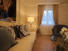 Fertigstellung - 23.12.2015 - Lounge - Möbel FENDI, DONGHIA - Vorhänge HERMÈS - Bild VISIONNAIRE - http://decoris.ch/portfolio-item/villa-goldkueste-zuerich/