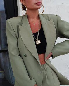Bartolina Blazer Jade – The Rosemilk Suit Fashion, Teen Fashion Outfits, Look Fashion, Fashion Ideas, Prom Outfits, Mode Outfits, Fall Outfits, Cute Casual Outfits, Stylish Outfits