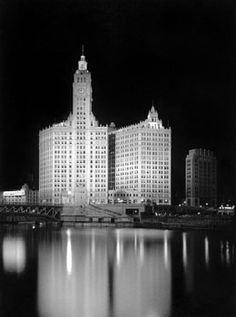 The Wrigley Building in 1944. Love it!