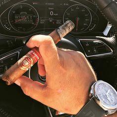 Weekend... is that you? Let's get going with a 2008 Mag 50 . . #botl #cigaroftheday #cubancigars #cigar #whiskywingman #howiroll #instalife #showpony #justwingit #doyouevendrambro #cigartime #cigarsmoker #nowsmoking #cigarstyle #cigarsocial #cigarworld #cigarporn #cigaraficionado #cigars #scottishcigarsmoker #tartancigarmilitia #cigarstocelebrate #habanos #cigarworld #cigarphotography #nowsmoking #cigarlover