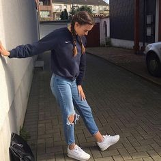 41 Cute Sporty Outfits for School You Must Try – Daily Fashion Casual School Outfits, Cute Casual Outfits, Teen Fashion Outfits, Mode Outfits, Fall Outfits, Winter Outfits For School, Trendy Fashion, Fashion Ideas, Outifts For School