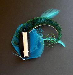 Turquoise Blue Green Peacock Feather Hair от AFeatheredAffairUK