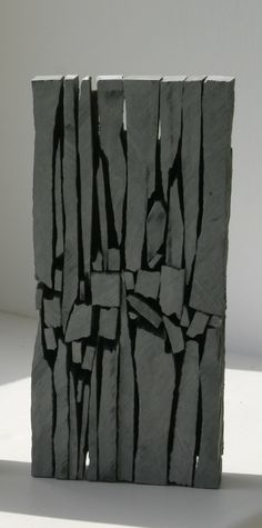 Slate sculpture by Mark Cooke                                                                                                                                                                                 Más