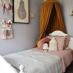 """A late night stunner before I head to bed with a warm cuppa and a magazine stack. We love this room by @eliseraquel featuring our beautiful @bonnemereaustralia bedding...which excitedly is on its way back to GF HQ 🙌🏼. Shop the stunning collection online under """"New In"""" in 3 stunning colours from cot through to KING SINGLE sizing...YES, King Single Mumma's 🙌🏼🙌🏼🙌🏼."""