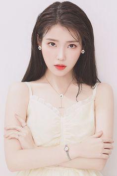 Cute Korean, Korean Girl, Asian Girl, Iu Hair, Beautiful Girl Wallpaper, Iu Fashion, Korean Actresses, My Princess, Ulzzang Girl