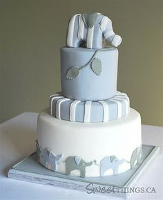 Elephant Baby Shower Cake.... I know She doesnt want a cake but this is adorable!