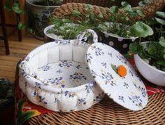 DIY Crafts : DIY Pumpkin craft ideas of container Craft Tutorials, Sewing Tutorials, Sewing Projects, Craft Ideas, Diy Pumpkin, Pumpkin Crafts, Tree Crafts, Felt Leaves, Fabric Pumpkins