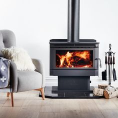 Combustion freestanding, slate hearth on laminate flooring