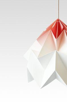 IndustrialDesigners.co | Studiosnowpuppe - Moth Lamp