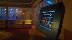 Infopoint www.doublestarblog.sk Bratislava, Flat Screen, Blood Plasma, Flatscreen