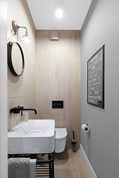 banheiro branco madeira preto
