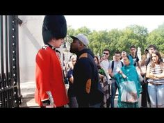 Jarvo is a royal guard who protects the queen in London so don't mess wth the queens guard because he fights back in the Uk the royal guards never fail Click … source (Visited 1 times, 1 visits today) Latest Dj Songs, Happy Ending Massage, Queens Guard, Scary Gif, Stupid Jokes, Royal Guard, Make Way, Prank Videos, Popular Movies