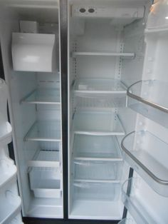 Appliance City - FRIGIDAIRE  PROFESSIONAL SERIES 26 CUBIC FOOT REFRIGERATOR SIDE BY SIDE  ICE AND WATER AT DOOR PURE SOURCE WATER FILTER FRESH LOCK MEAT KEEPER 2 CRISPER DRAWERS ADJUSTABLE GLASS SHELVES ADJUSTABLE DOOR BINS STAINLESS DOORS BLACK CABINET , $600.00 ...