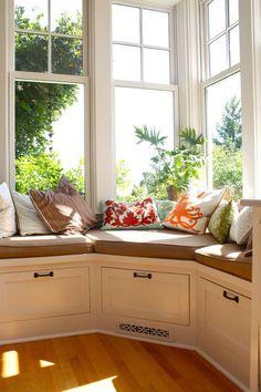 window seat ~