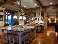 Tuscan design – Mediterranean Home Decor Tuscan Kitchen Design, Tuscan Design, Rustic Design, Kitchen Island Decor, Modern Kitchen Island, Kitchen Ideas, Huge Kitchen, Ranch Kitchen, Awesome Kitchen