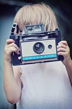 ★彡(*☻-☻*)                                                                                                             Vintage camera
