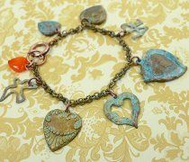 Patina Brass Charm Bracelet- This beginners pattern necklace offers a gateway into the amazing world of jewelry crafting without the confusion that more intricate jewelry patterns can cause.