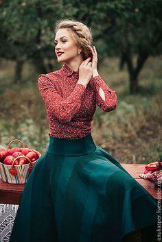 Купить или заказать Комплект ' Настенька' в интернет-магазине на Ярмарке Мастеров. комплект блузка с юбкой…