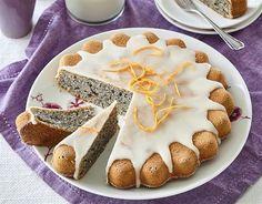 Máme rádi jablka. Ozvláštní čokoládový dort, rýžovou kaši i makovec - iDNES.cz Kefir, Tiramisu, Pie, Ethnic Recipes, Desserts, Food, Pinkie Pie, Pastel, Postres