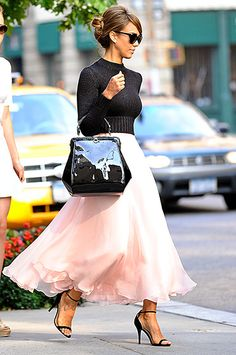Old Hollywood Glam Photo - Jessica Alba's Best Street Style Moments - Us Weekly