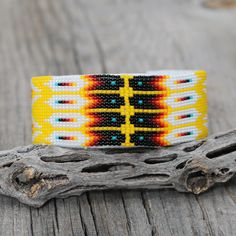 BEADED BRACELET BY JUDY WILSON NAVAJO | The Crow and The Cactus